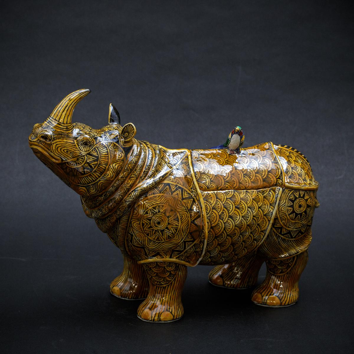 Yellow Rhino by Kensuke Fujiyoshi
