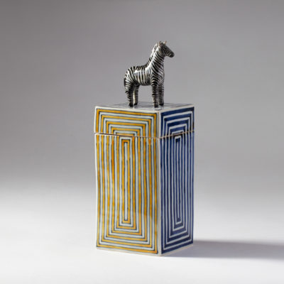 Zebra box (Kensuke Fujiyoshi)