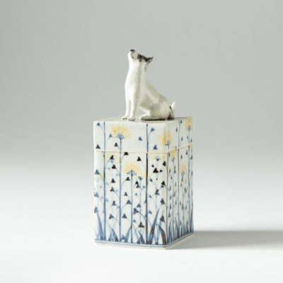 Dog the TARO box (Kensuke Fujiyoshi)